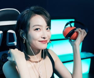 song qian, kpop, and victoria image