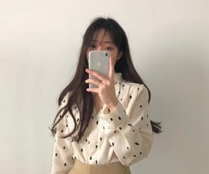 aesthetic, fashion, and plants ulzzang image