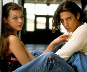 dazed and confused, 90s, and Milla Jovovich image