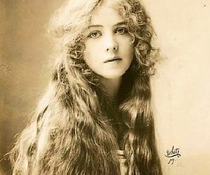 1912, beautiful girl, and broadway actress image