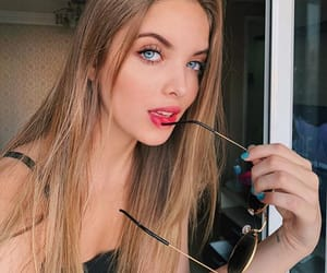 atriz, giovanna chaves, and blonde girls image