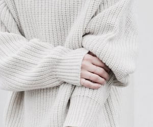 aesthetic, knitted, and oversized image