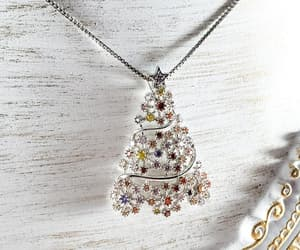 christmas tree, winter fashion, and winter jewelry image