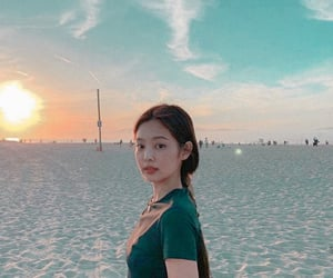 aesthetic, jennie, and icons image