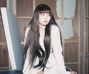 kpop, nini, and jennie solo image
