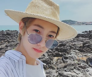 aesthetic, icon, and renjun image