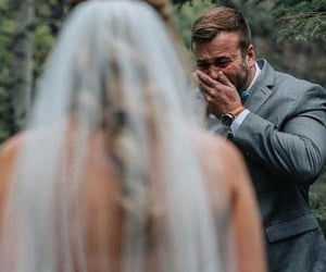 amazing, couple, and reaction image