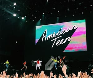 concert, american teen, and photography image