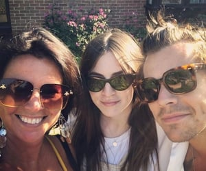 gemma styles, anne styles, and Harry Styles image