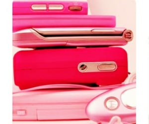 pinkphones, ipods, and pink image