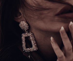 classy, lipstick, and luxury image