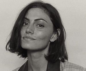 phoebe tonkin, fashion, and actress image