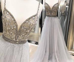 women fashion, vestido de festa, and robe de soirée image
