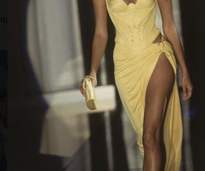 beauty, tropic, and catwalk image