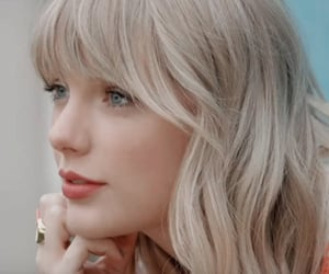 Taylor Swift, icon, and lover image