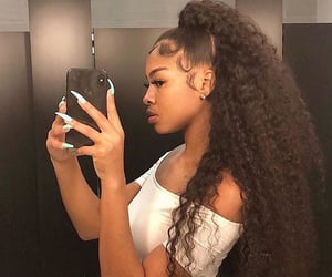 hair, edges, and baddie image