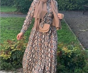 hijab fashion, versace print, and chain print image