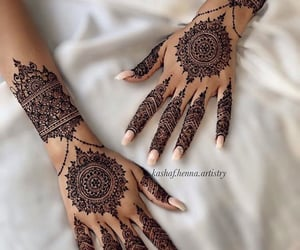 beautiful, nails, and hena image