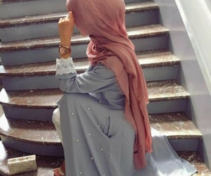 hijab, purse, and dpideas image