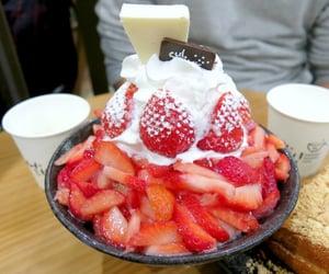 cafe, seoul, and strawberry image