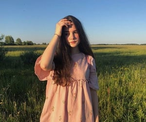 90's, meadow, and pretty image