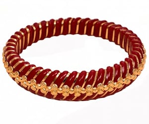 online jewellery and beautiful bangles image