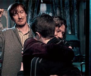 daniel radcliffe, harry potter, and family image
