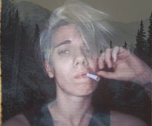 androgynous, blonde, and boy image