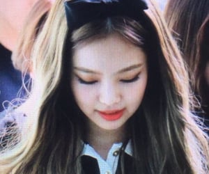 preview, lq, and jennie image