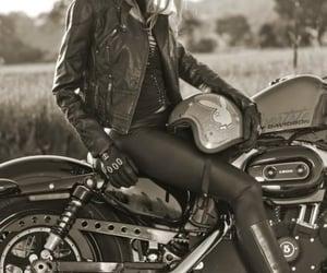 девушки, девушки на байке, and девушка на мотоцикле image