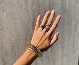 beach, moda, and nails image