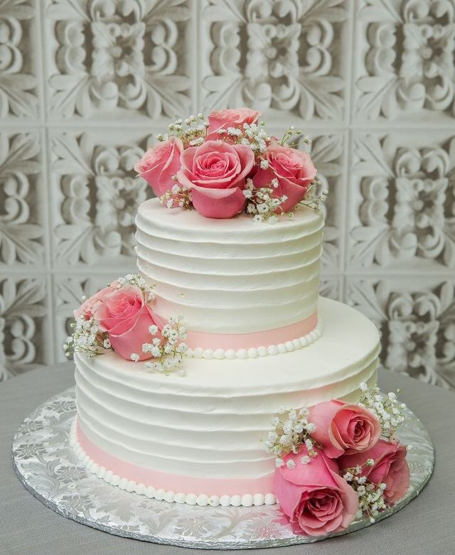 Beautiful Wedding Cake Uploaded By Meliisski