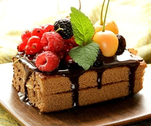 cake, chocolate, and currants image