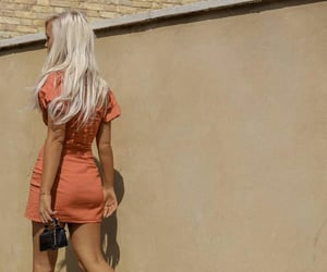 dress, london, and girl image