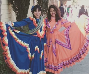 bff, culture, and vestidos image