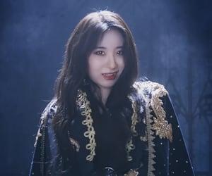 kpop, izone, and chaeyeon image