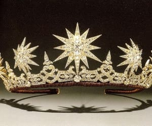 crowns, fancy-dress, and tiaras image