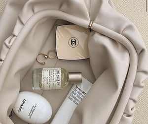 bottega veneta, makeup, and bottegaveneta bag image