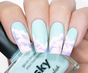 nails and nubes image