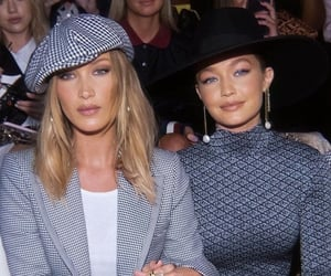 fashion, gigi hadid, and bella hadid image