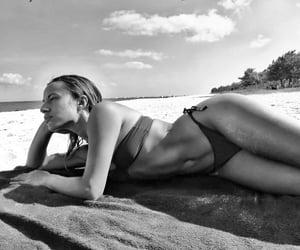 beach, summer girl, and summer body image
