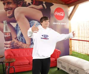 louis tomlinson, coca cola, and one direction image