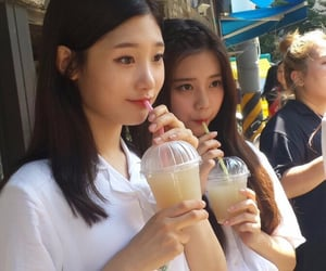 DIA, lq, and chaeyeon image