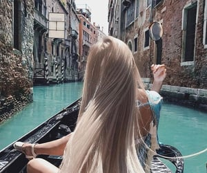 hair and travel image