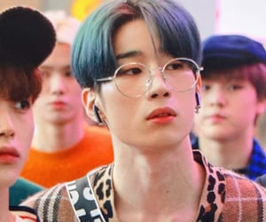 icon, seungwoo, and kpop image