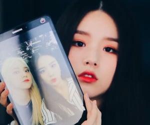 korean, kpop, and girl groups image