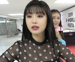 icon, kpop, and soojin image