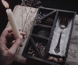 aesthetic, black, and witchcraft image