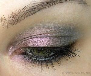 belleza, maquillaje, and mirada image