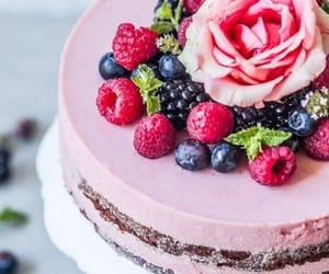 berries, cakes, and berry cake image